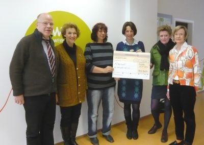Spendenübergabe in Höhe von € 1.200 durch Inner-Wheel-Club Nürnberg