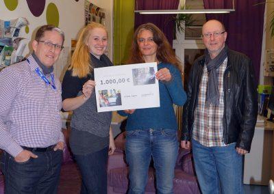 """25. Nov. 2016: Coworking Nürnberg GmbH und die Band """"Fusion Cakes"""" spenden für das """"Sleep In"""""""